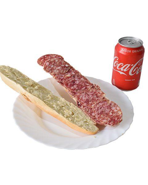 bocadillo-de-salchichon